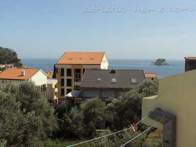Appartementen GREGOVIC M&M 6-bed, Petrovac, Montenegro - foto 9
