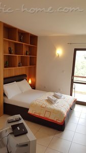 Appartamenti Gregovic III M&M 4-bed, Petrovac, Montenegro - foto 8