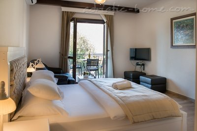 Studio apartment Marija, Risan, Montenegro - photo 3
