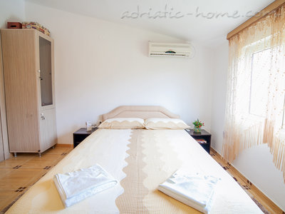 Studio apartment  Androvic  5, Buljarica, Montenegro - photo 4