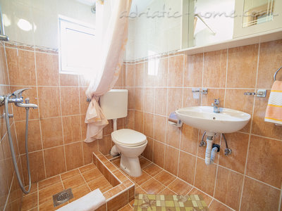 Studio apartment  Androvic  5, Buljarica, Montenegro - photo 7