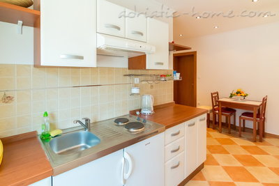 Apartments Slavica Strazicic VI, Mljet, Croatia - photo 4