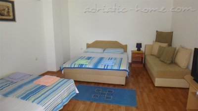 Studio apartment Brnović 1, Buljarica, Montenegro - photo 2