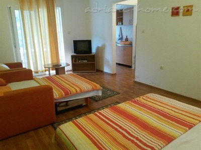 Studio apartment Brnović 4, Buljarica, Montenegro - photo 3