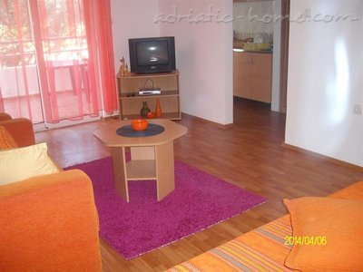 Studio apartment Brnović 4, Buljarica, Montenegro - photo 11