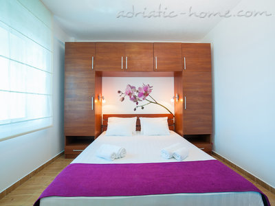 Apartments RAYMOND-One bedroom apartments with shared balcony, Pržno, Montenegro - photo 9