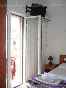 Studio appartement Vila dolina SUNCA - studio apartman GALEBov let, Buljarica, Montenegro - foto 4
