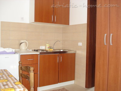 Studio appartement Vila dolina SUNCA - studio apartman GALEBov let, Buljarica, Montenegro - foto 8