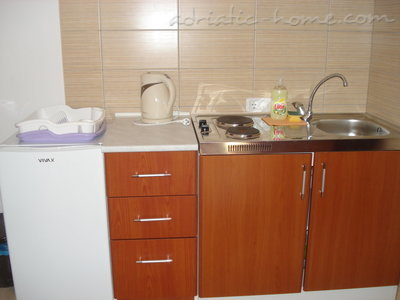 Studio appartement Vila dolina SUNCA - studio apartman GALEBov let, Buljarica, Montenegro - foto 9