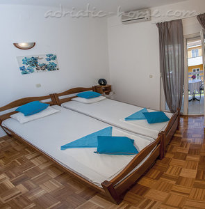 Apartments  Sylvie A2 a, Trogir, Croatia - photo 4