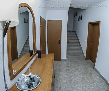 Apartments Sylvie A4+1, Trogir, Croatia - photo 3