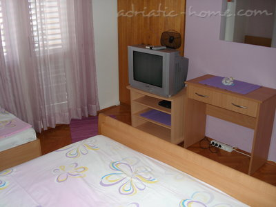 Studio apartment Moso A, Tučepi, Croatia - photo 4
