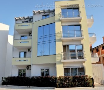 Apartments Ambassador V, Ulcinj, Montenegro - photo 9