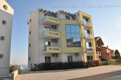 Apartments Ambassador V, Ulcinj, Montenegro - photo 6