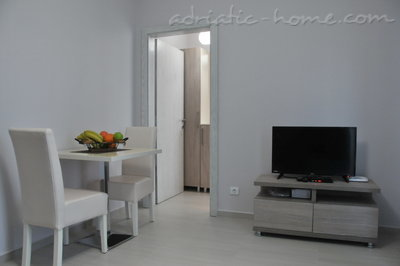 Apartments Ambassador, Ulcinj, Montenegro - photo 10