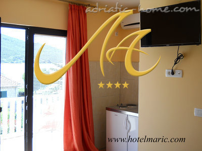 Apartments Hotel Maric Beach, Herceg Novi, Montenegro - photo 2