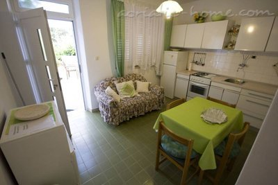 Апартаменты GREEN GARDEN APARTMENT 2, Korčula, Хорватия - фото 7