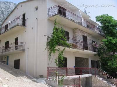 Apartments Antunović Vedran i Milka, Živogošće-Porat, Croatia - photo 1