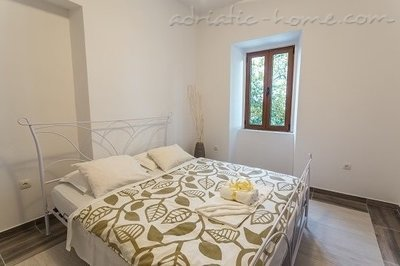 Apartments Belvedere , Herceg Novi, Montenegro - photo 11