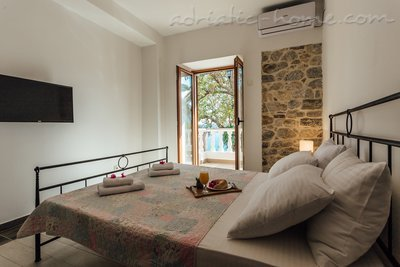 Rooms Belvedere, Herceg Novi, Montenegro - photo 9
