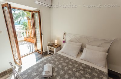 Rooms Belvedere, Herceg Novi, Montenegro - photo 1