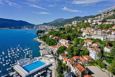 Appartementen Modern sea view apartment in Herceg Novi, Herceg Novi, Montenegro - foto 2