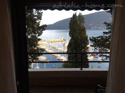Appartementen Modern sea view apartment in Herceg Novi, Herceg Novi, Montenegro - foto 3
