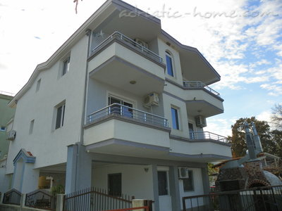 Apartments Rejan, Ulcinj, Montenegro - photo 1