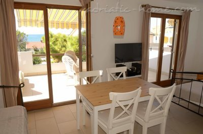 "Studio apartment Holiday Pag ""D"", Pag, Croatia - photo 1"