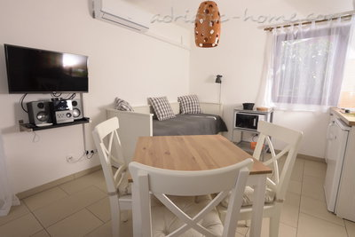 "Studio apartment Holiday Pag ""E"", Pag, Croatia - photo 1"