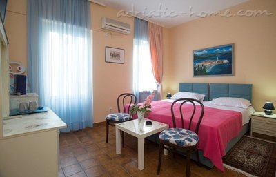 Rooms Boskovic - Double room, Budva, Montenegro - photo 3