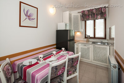 Apartments Domeni, Krk, Croatia - photo 3