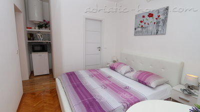 Zimmer Flamingo 2 person double room with private bathroom, Makarska, Kroatien - Foto 3