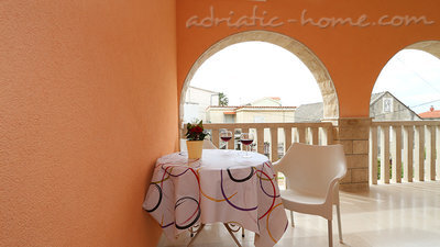 Zimmer Flamingo 2 person double room with private bathroom, Makarska, Kroatien - Foto 8