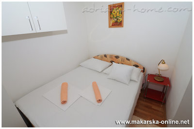 Apartments 2-4 person beach 100m, Makarska, Croatia - photo 8