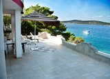 Apartments Villa Viktorija & Gabrijel A4+1 directly at sea, private beach and 4 boat landings, Primošten, Croatia