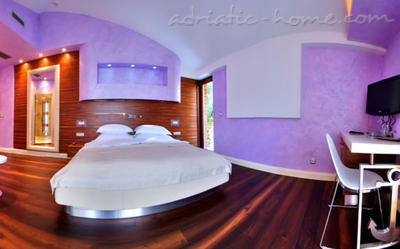 interior for small bedroom hotel forza mare 15655 kotor montenegro 15655